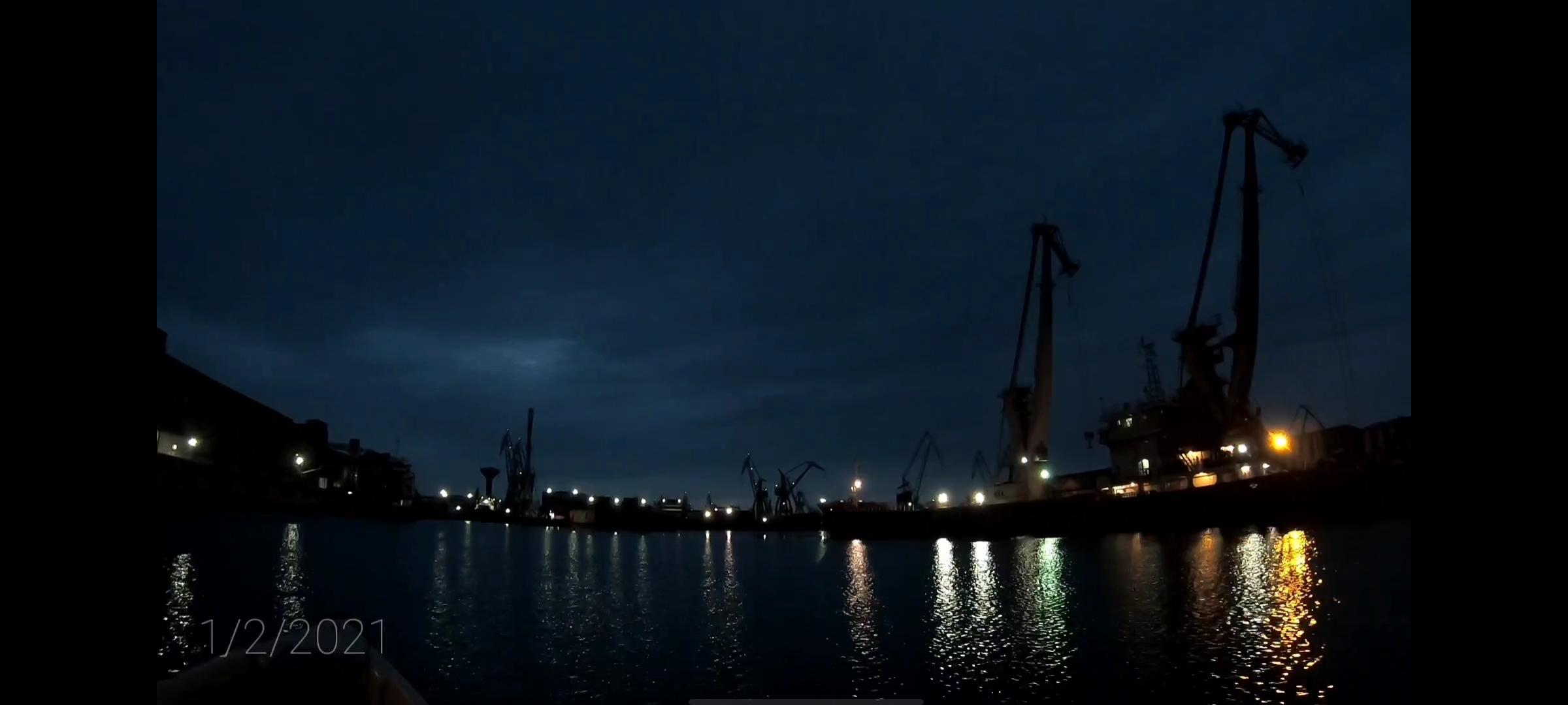 Lumina umedă a dimineții